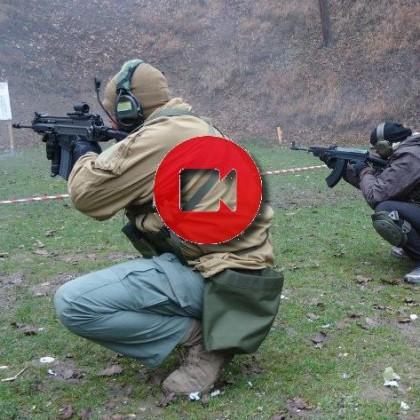 Střelba, voják, zbrojní průkaz, střelecký kurz, instruktor, obranná střelba sa.58, vz.95, Helma , AČR, výstroj, molle,OBOS.cz, PŘEBITÍ, NABITÍ, STŘELECKÉ OKNO, MÍŘENÍ, ZAPÍCHNUTÍ, PUŠKA, zásobník, 7,62x39, 5,56, cz 805