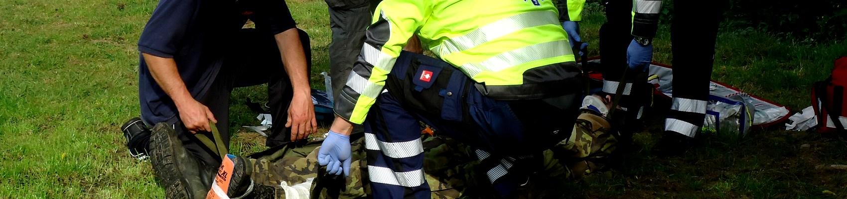Kurz první pomoci, zdravotní kurz, záchranářský kurz, tccc, cls, první pomoc , střelná poranění